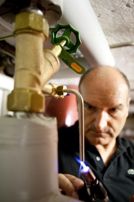 Trinkwasserüberprüfung auf Legionellen, 2012