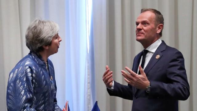 Tusk trifft May