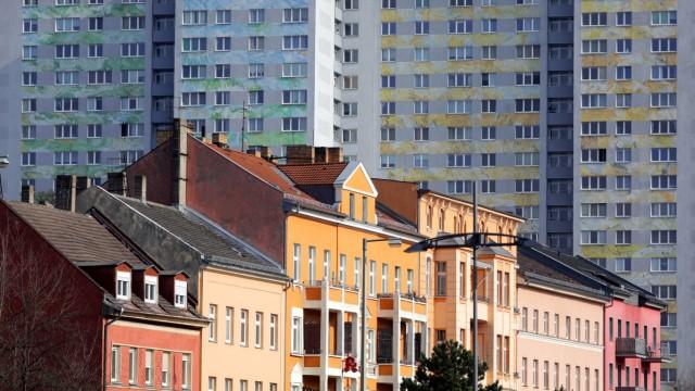 Berlin - Wohnblöcke an der Frankfurter Allee