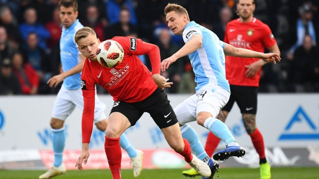 08 04 2019 xjhx Fussball 3 Liga Spvgg Grossaspach TSV 1860 Muenchen emspor v l Philipp Herch