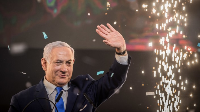 Parlamentswahl in Israel 2019 - Premier Benjamin Netanjahu lässt sich feiern