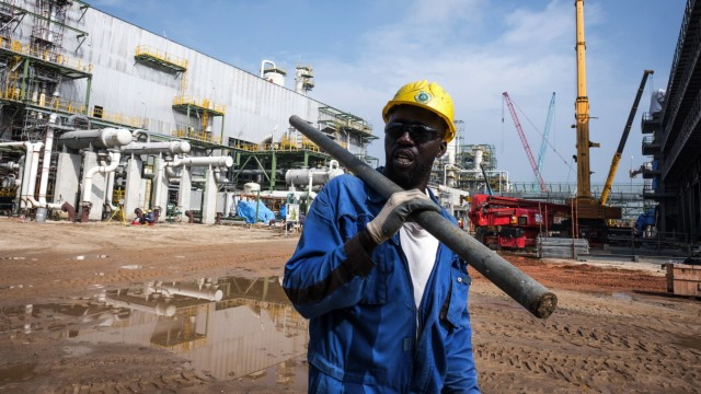 The $15 Billion Oil Bet For Africa's Richest Man