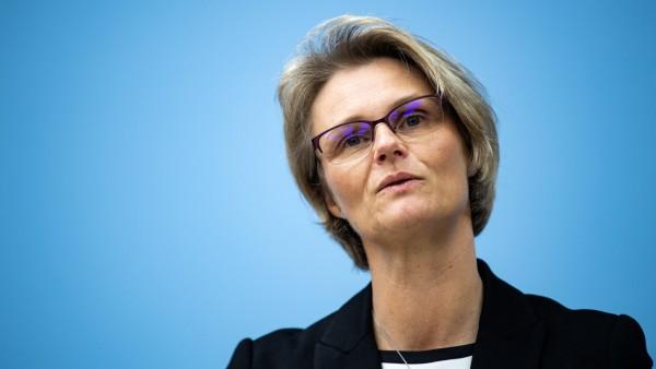 Bildungsministerin Karliczek zu Berufsbildungsbericht
