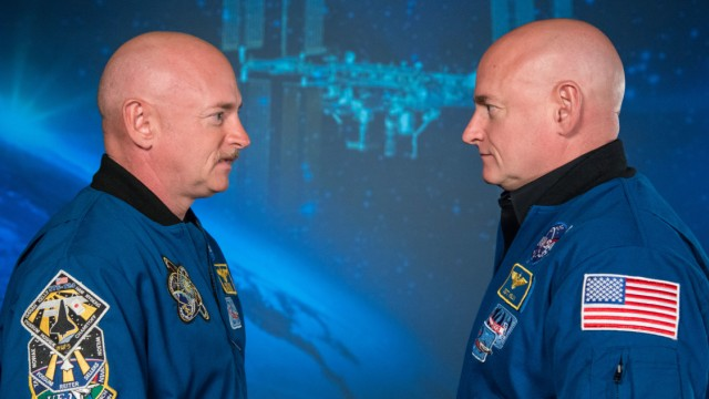 Die Astronauten Mark und Scott Kelly