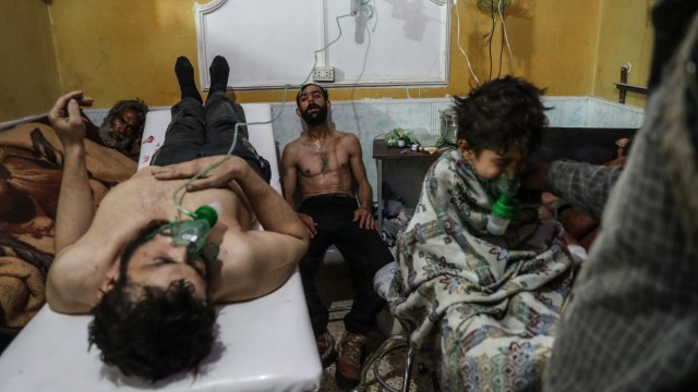 Victims of an alleged gas attack recieve treatment in Eastern Ghouta; World Press Photo Nominees 2019