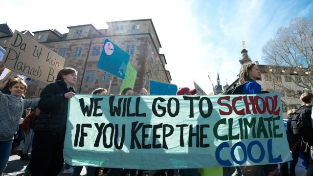 Friday for Future Bundesweit hat die Fridays for Future Bewegung zum Schulstreik für den Klimaschu