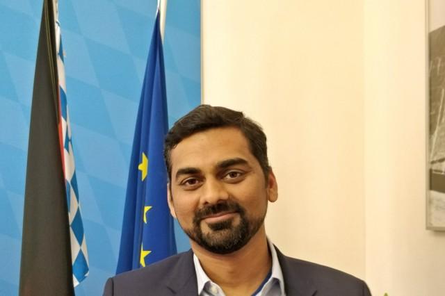 Einbürgerung Rohit Arun Bhosale