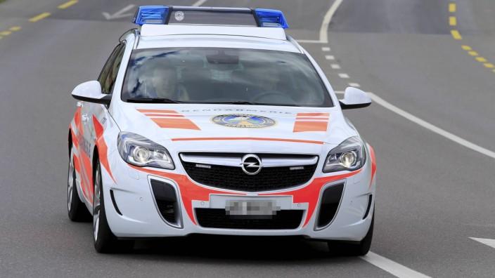 28 04 2016 Radsport Tour de Romandie 2 Etappe Moudon Morgins Bild zeigt Schweizer Polizeiauto