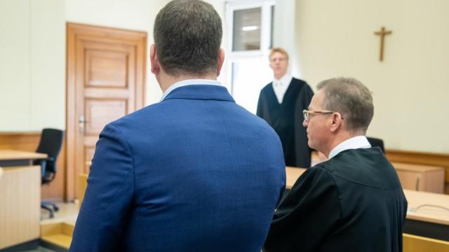Prozess gegen Bestatter wegen Störung der Totenruhe