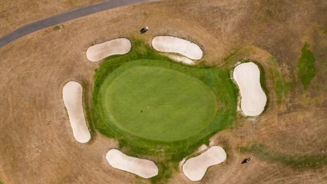 Trockenheit auf Golfplatz