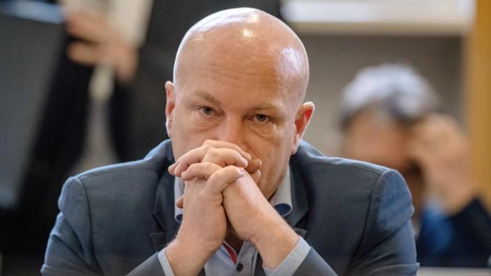 Joachim Wolbergs, suspenderter OB von Regensburg, vor Gericht