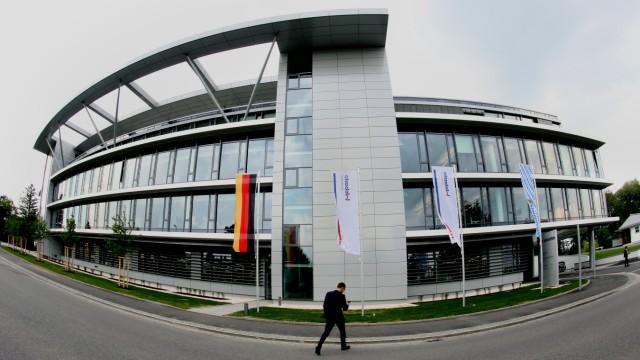WEBASTO weiht Technologiezentrum ein