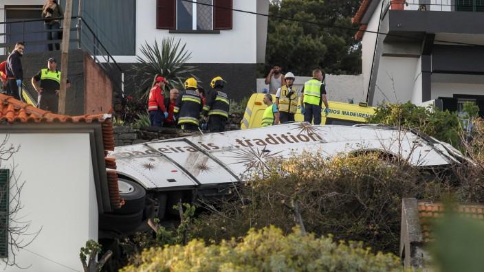 Several dead in bus accident in Madeira, Santa Cruz, Portugal - 17 Apr 2019