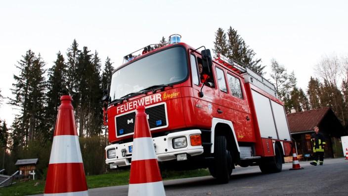 Feuerwehr Wörthsee; Ostereiersuchfahrt der Wörthseer Feuerwehren