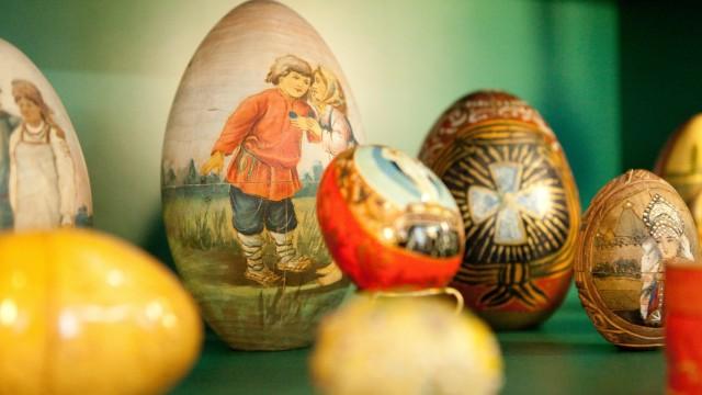 Sammlung Weinhold, Ausstellung ãDas Gottesjahr und seine FesteÒ, im Alten Schloss Schleißheim.