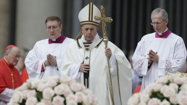 Heilige Messe zu Ostern mit Papst Franziskus