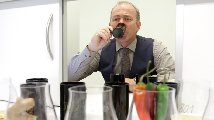 "Brautechnologie-Professor Thomas Becker wünscht sich einen ""Wow-Effekt"" beim alkoholfreien Bier."