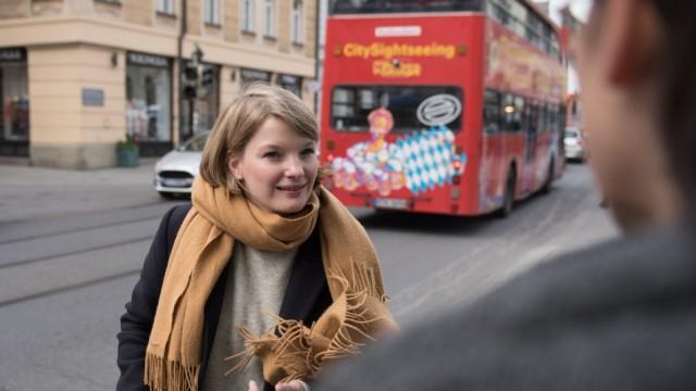 Belle Heiss, Spitzenkandidatin der neuen paneuropäischen Partei Volt