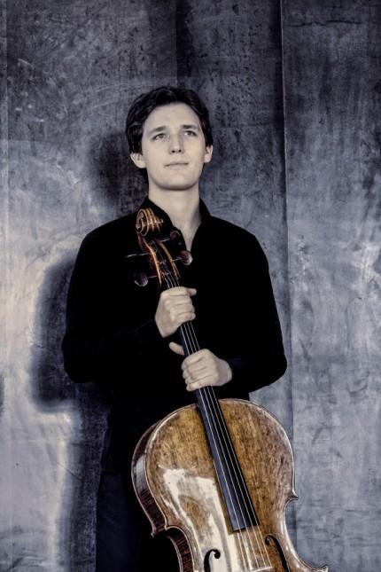 Der Cellist Maximilian Hornung
