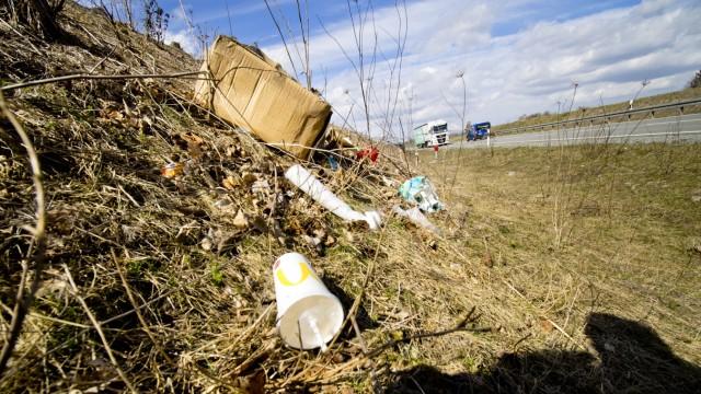 Müllkippe an Ostumgehung Grafing