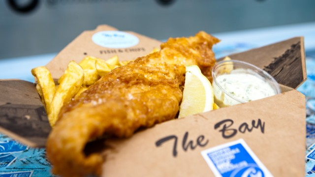 Packung mit Fish and Chips