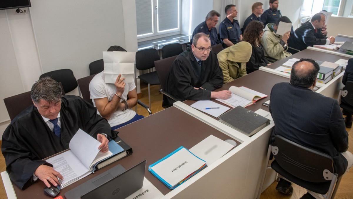 Haft und Bewährungsstrafen nach Prügelattacke in Amberg