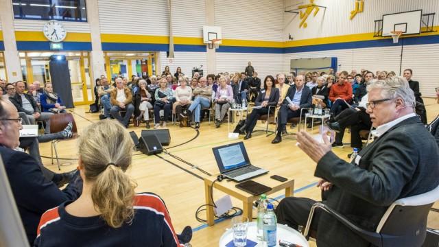 Hohenbrunn, Grundschule, Diskussion zwischen den Beteiligten um Bürgerbegehren,