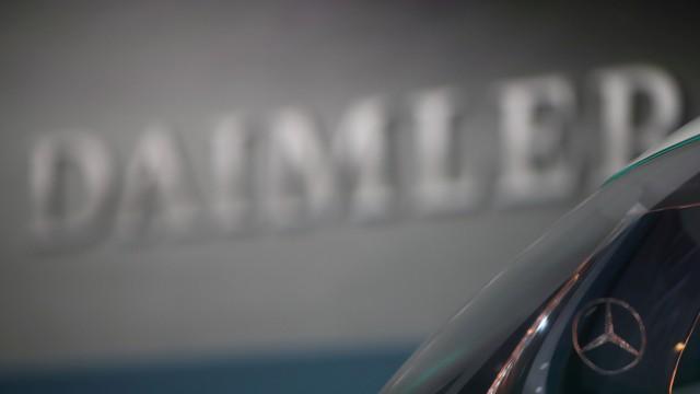 FILE PHOTO: Daimler AG's annual news conference in Stuttgart