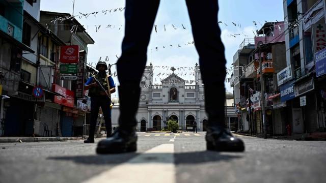 Sicherheitskräfte nach den Anschlägen in Sri Lanka