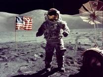 Astronaut Eugene Cernan bei der Mondlandung von Apollo 17, 1972