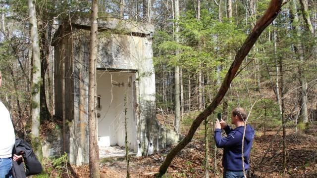 """NS-Zeit """"Bunker im Wald"""""""