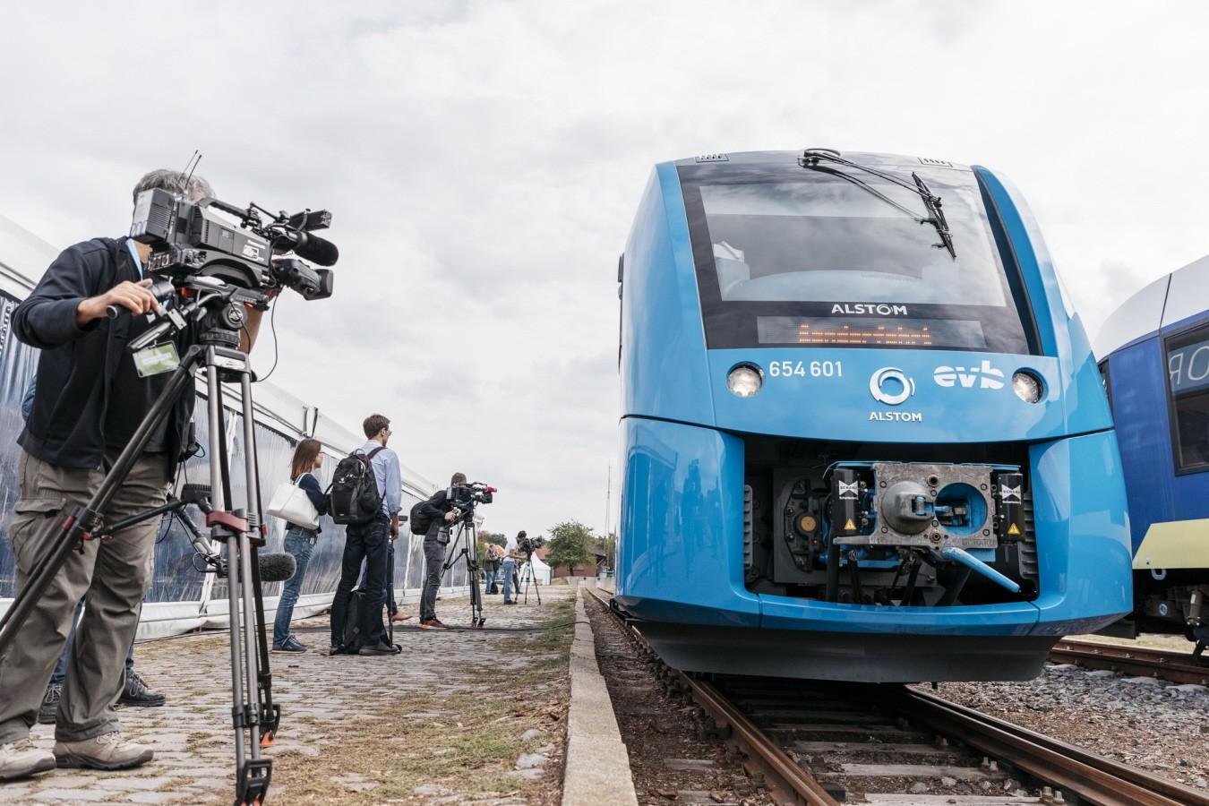 Wasserstoff-Zug in Niedersachsen Fotos: Rene' Frampe/LNVG Online-Rechte?: Ja