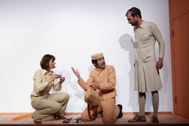 'CAFE POPULAIRE' von Nora Abdel-Maksoud, Urauffuehrung am 27.04.2018 im Theater Neumarkt Zuerich