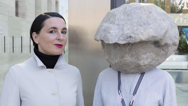 Natascha Süder-Happelmann -re.-und ihre Sprecherin Helene Duldung