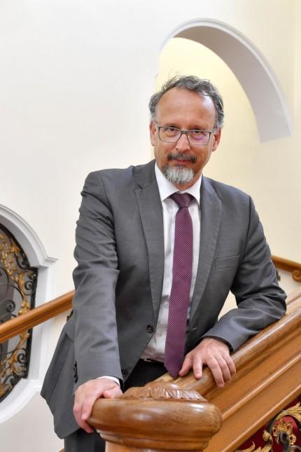 Höhenried Klinik, Geschäftsführer Robert Zucker