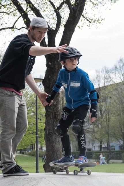 High Five integrativer Skateboard - Kurs für Kinder und Jugendliche