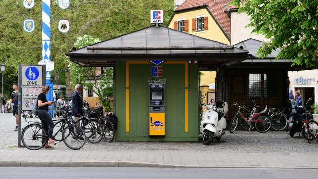 Wirtschaft in München Bankautomaten
