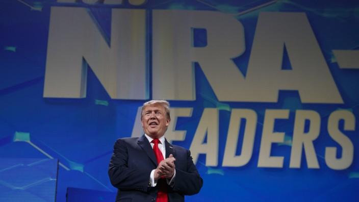 Jahrestagung der National Rifle Association