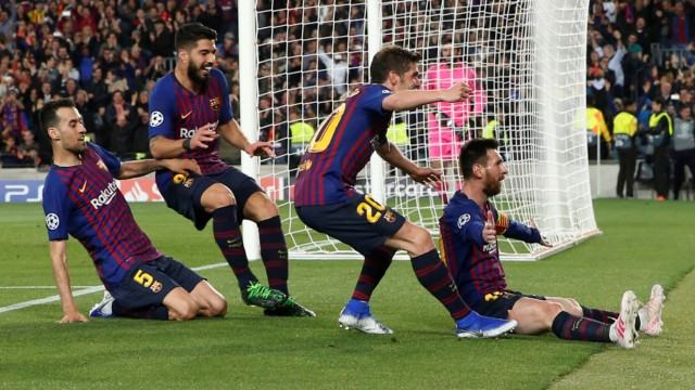 Champions League - Spieler des FC Barcelona bejubeln ein Tor von Lionel Messi