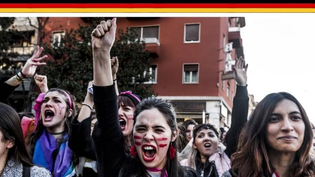 Frauen in der ganzen Welt gehen am Women's Day auf die Strasse