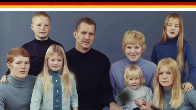 Blonde Family