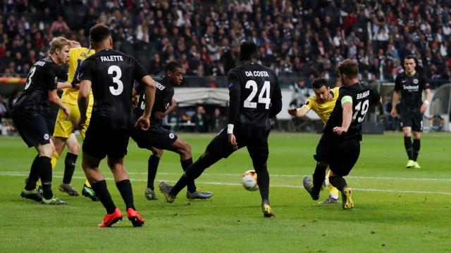 Frankfurt Schafft Remis Gegen Chelsea Sport Suddeutsche De