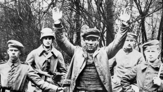 Arbeiter kurz vor seiner Erschießung, 1919