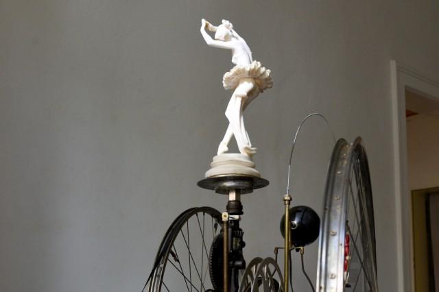 Tänzerin auf der Tschaikowsky-Maschine
