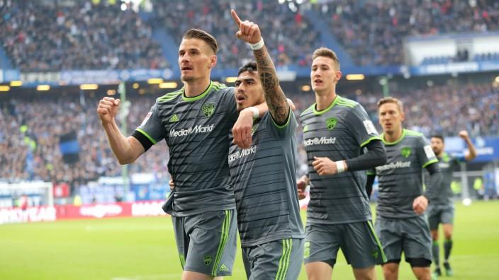 2 Bundesliga Hamburger SV FC Ingolstadt 04 Dario Lezcano 11 FCI Schuß Tor 0 1 Jubel mit