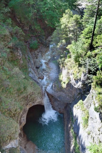 Die Poellatschlucht bei Schwangau mit Wasserfall