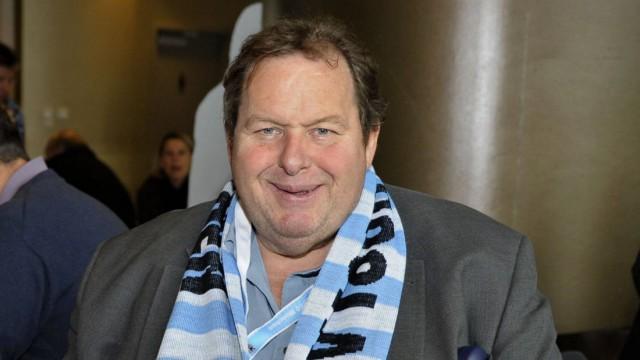 Freizeit in München und Bayern Ottfried Fischerim Fußball-Interview