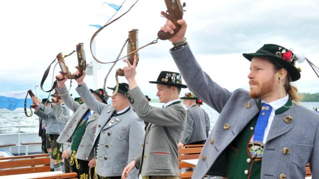 Starnberg: 40 Jahre Gebirgsschützen Baierbrunn