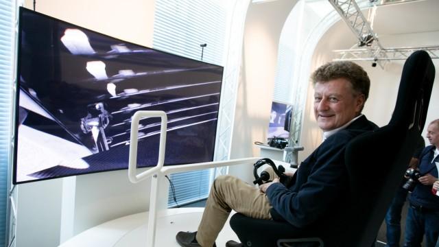 Wolfgang M. Heckl im neuen VRlab im Deutschen Museum in München, 2018