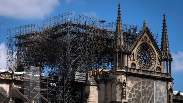Unglück und Unfall Zerstörte Kathedrale